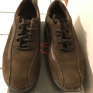 Rockport brown dress shoes like new!